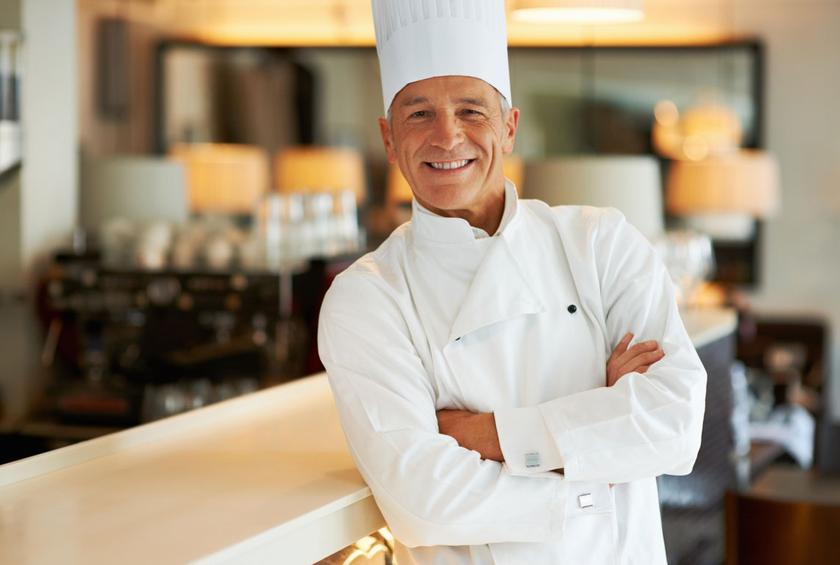 EXECUTIVE CHEF FOR WORK ON BOARD LUXURY CRUISE PASSENGER SHIPS