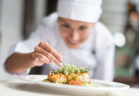URGENT - CHEF DE PARTIE FOR WORK ON BOARD LUXURY RIVER PASSENGER SHIPS FOR THE COMPANY VIKING CRUISES
