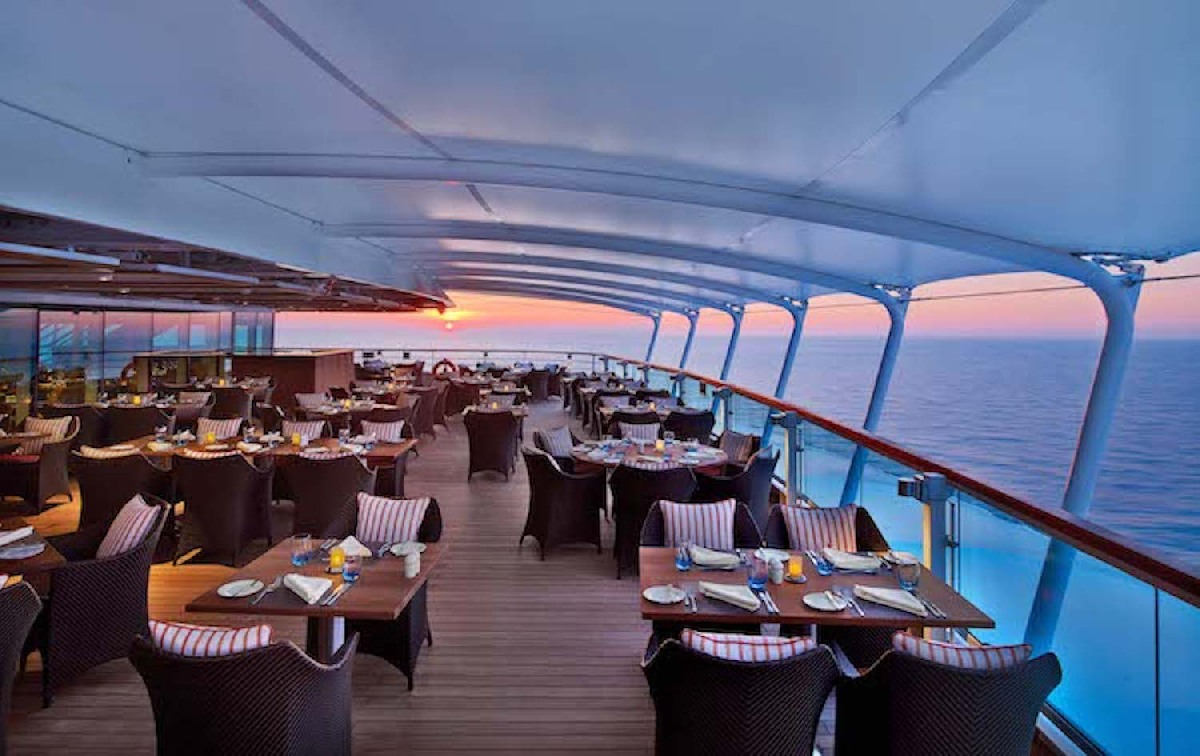F&B Manager for work on board 5+ star luxury floating hotel