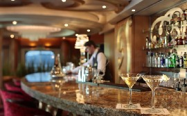 Senior Barkeeper for Luxury Passenger ships