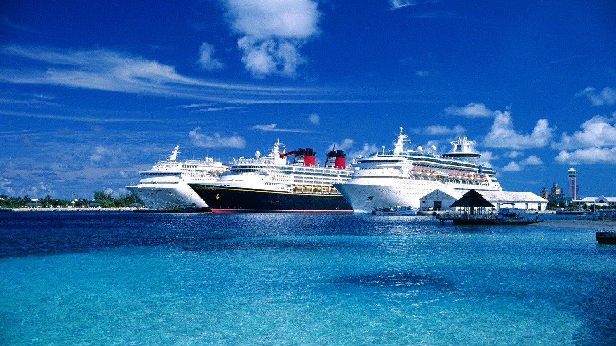 Update Information Regarding Largest Cruise Lines – Extend a Suspension of Operation. Present Status and Details.