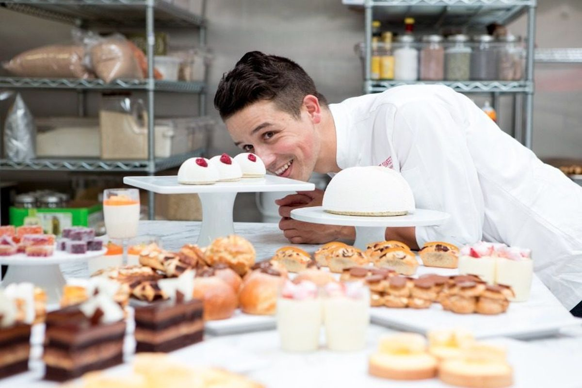 pastry chef on board river / ocean passenger ships